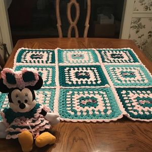 Disney Other - Disney's Plush Minnie with Quilted Throw
